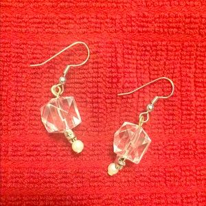 Jewelry - Drop earrings